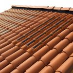 image toit avec tuiles solaire une